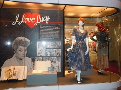 I_love_lucy_TV_costume_display